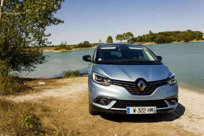 renault-grand-scenic-4-bose-edition
